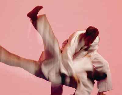 Gewusst wie: eine Kampfszene zu choreografieren