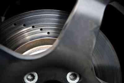 Wie zu Ersetzen Cadillac Bremsbeläge