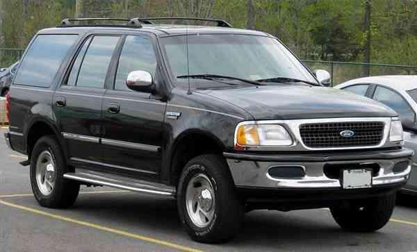 Gewusst wie: ändern Sie die hinteren Bremsen an einen Ford Expedition
