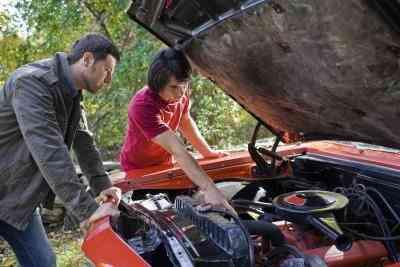 Nachteile des Ausscheidens aus einem Vergaser Choke Wide beim Öffnen an einem 302 Ford Motor