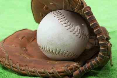 Softball-Crafts