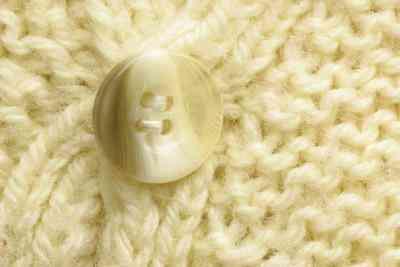 Wie man Pullover färben