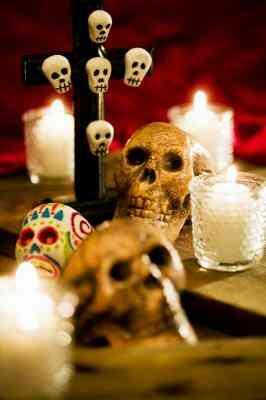Wie erstelle ich Las Dia De Muertos Schädel ohne Schimmel