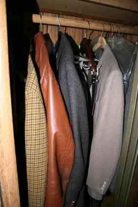 Wie zu Preis eine Leder-Jacke für einen Yard-Sale
