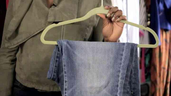 Welche Ursachen ungewöhnliche Falten in Jeans?