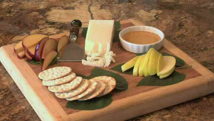 Rezept für Cracker, Gruyere & Äpfel