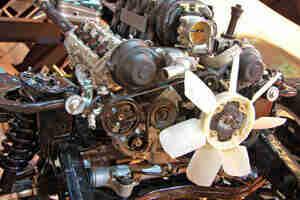 Keilriemen ersetzen: Auto-Reparatur und Wartung