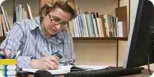 Ein Schriftsteller: Kurse und Karriere