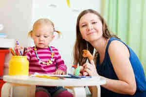 Suche nach Abend Kind Leistungserbringer: einen Babysitter zu finden
