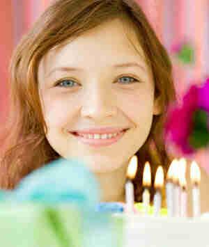 Werfen Sie einen süßen 16 Geburtstagsparty