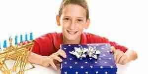 Chanukka-Geschenke finden